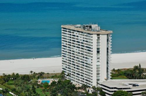 Beachfront Condo - Gulfview Club - Marco Island Florida